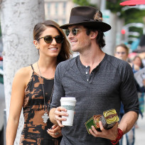 Ian somerhalder smooches nikki reed