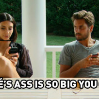 11 memorable moments from kourtney and khloe take the hamptons s when she sits around the house