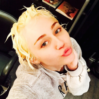 Miley goes blonde