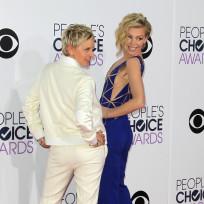 Ellen degeneres and portia de rossi at the peoples choice awards