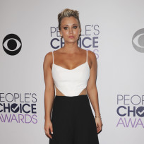Kaley cuoco at the peoples choice awards