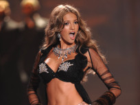 Kylie Bisutti, Victoria's Secret Model, Quits Career to Honor God, Save Body For Husband