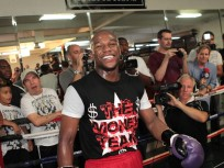 Floyd Mayweather Defeated in Court, Ordered to Remain Behind Bars