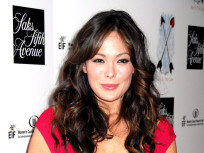 Lindsay Price: To Bang or Not to Bang?