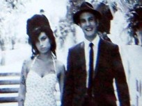 Amy Winehouse Wedding Dress: Stolen From Death House!