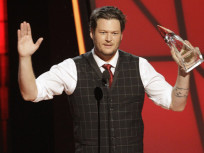 Blake Shelton to Officiate Kelly Clarkson-Brandon Blackstock Wedding!