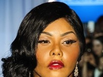 "Lil Kim Plastic Surgery: Rep Slams ""Physically Distorted"" Face Rumors"
