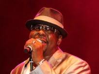 Bobby Brown Sues National Enquirer Over Cheating Allegations
