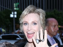 Jane Lynch Divorce: Actress Confirms Split with Lara Embry