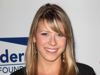 Jodie Sweetin Enters Rehab, Drops Bid For Sole Custody of Daughter
