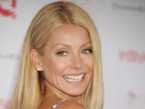 Happy 43rd Birthday, Kelly Ripa!