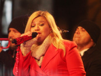 Kelly Clarkson to Guest Star/Sing on Nashville