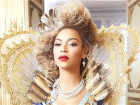 Beyonce Shocks World, Releases New Self-Titled Album