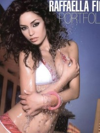 Raffaella Fico Picture
