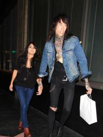 Trace Cyrus, Girlfriend