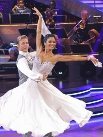 Derek Hough and Nicole Scherzinger Picture