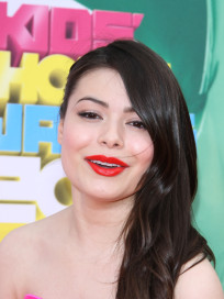 Miranda Cosgrove at Kids Choice Awards