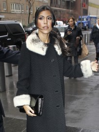 Kourtney Kardashian, Trench Coat