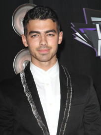 Joe Jonas at the VMAs