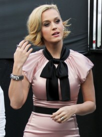 Katy Perry, Pink Dress