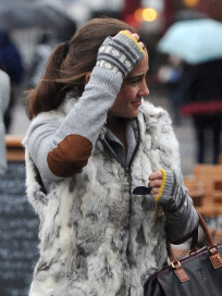 Pippa Middleton Sweater