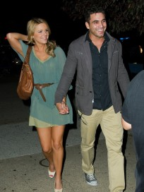Roberto Martinez and Ali Fedotowsky Pic