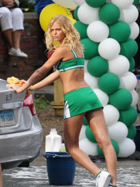 Hot Erin Heatherton