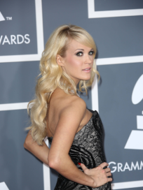 Carrie Underwood Grammy Pose