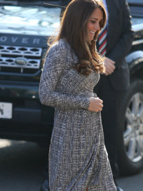 Kate Baby Bump Photo