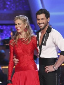 Erin Andrews and Maksim Chmerkovskiy Pic