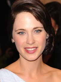 Zooey Deschanel No Bangs
