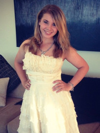 Bindi Irwin Picture