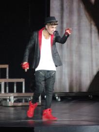 Justin Bieber Pointing