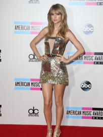 Taylor Swift at American Music Awards