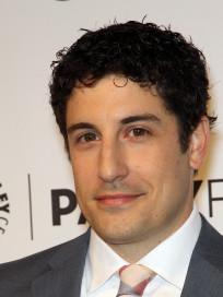 Jason Biggs Red Carpet Photo