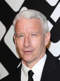 Anderson Cooper Red Carpet Photo