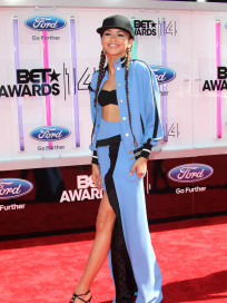 Zendaya BET Awards Photo