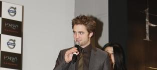Pattinson versus the press
