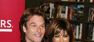 Lisa rinna husband