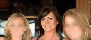 Samantha Burke, Hooters Girls