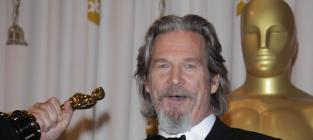 Academy Awards Fashion Face-Off: Jeff Bridges vs. Ben Stiller