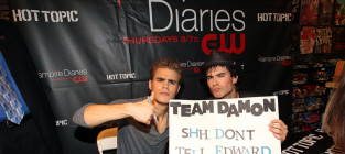 Team damon sign