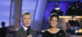 Tom Bergeron on Chris Brown: BOOOO!