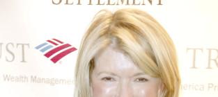 New Couple Alert: Martha Stewart and Seth Meyers?!?!?