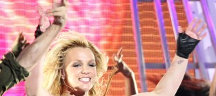 Sam Lutfi Still Suing Britney Spears, Wants Court to Order Psych Evaluation