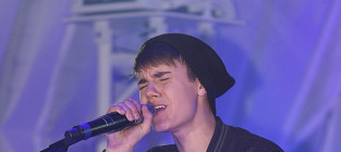 Justin bieber in england