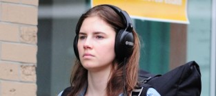 Amanda Knox Signs $4 Million Book Deal