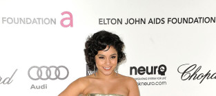 Who looked better at Elton John's Oscars party, Vanessa or Ashley?