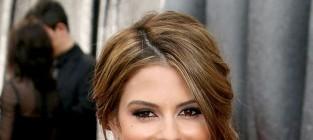 Maria menounos at the 2012 oscars