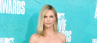MTV Movie Awards Fashion Face-Off: Charlize Theron vs. Kat Graham
